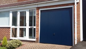 residential garage doors company canada